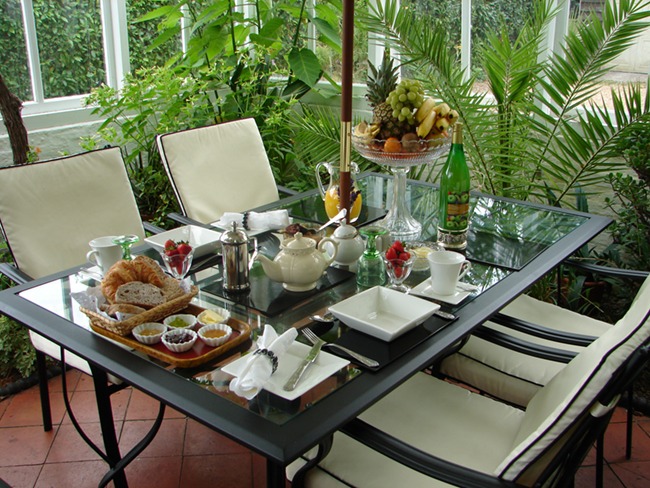 conservatory breakfast