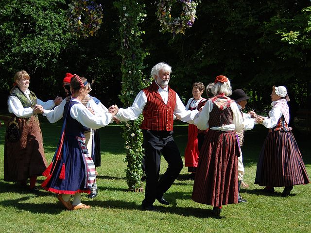 folk-dance-54530__480